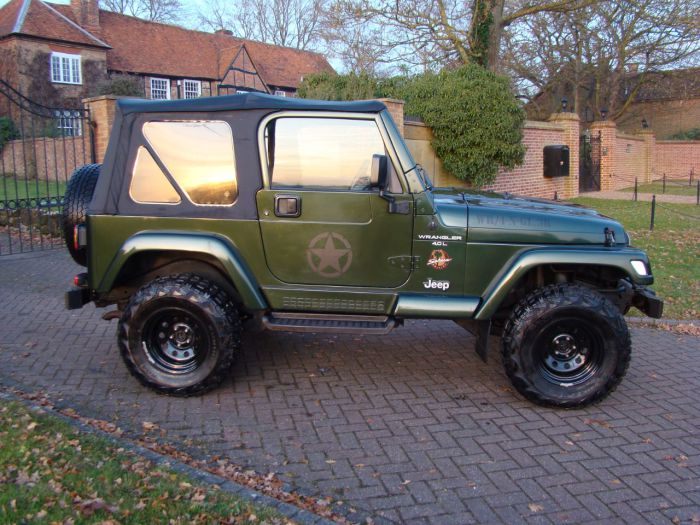 Jeep Wrangler 4.0 Sahara Four Wheel Drive Petrol Green