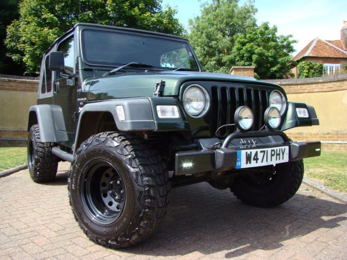 Jeep Wrangler 4.0 Sport 2dr Estate Petrol Green