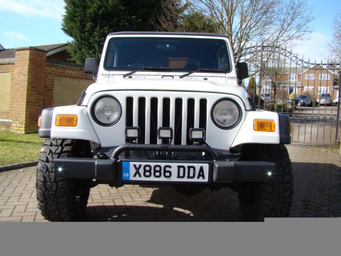 Jeep Wrangler 4.0L Sport Soft Top Automatic Four Wheel Drive Petrol White