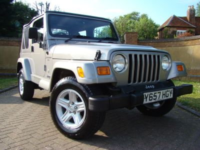 Jeep Wrangler 4.0 60th Anniversary 2dr Estate Petrol SilverJeep Wrangler 4.0 60th Anniversary 2dr Estate Petrol Silver at Claridges Cars Leighton Buzzard