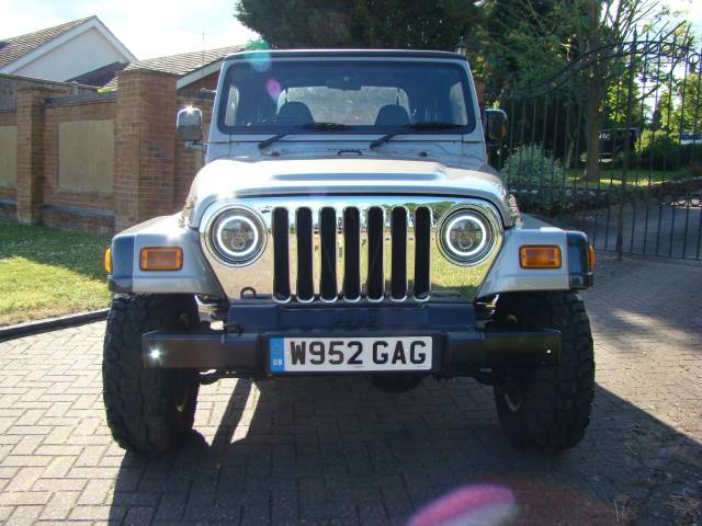 Jeep Wrangler 4.0 Sport Automatic Four Wheel Drive Petrol Grey