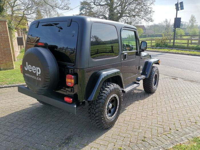Jeep Wrangler 4.0 Sahara 2dr Auto [4] Four Wheel Drive LPG Black